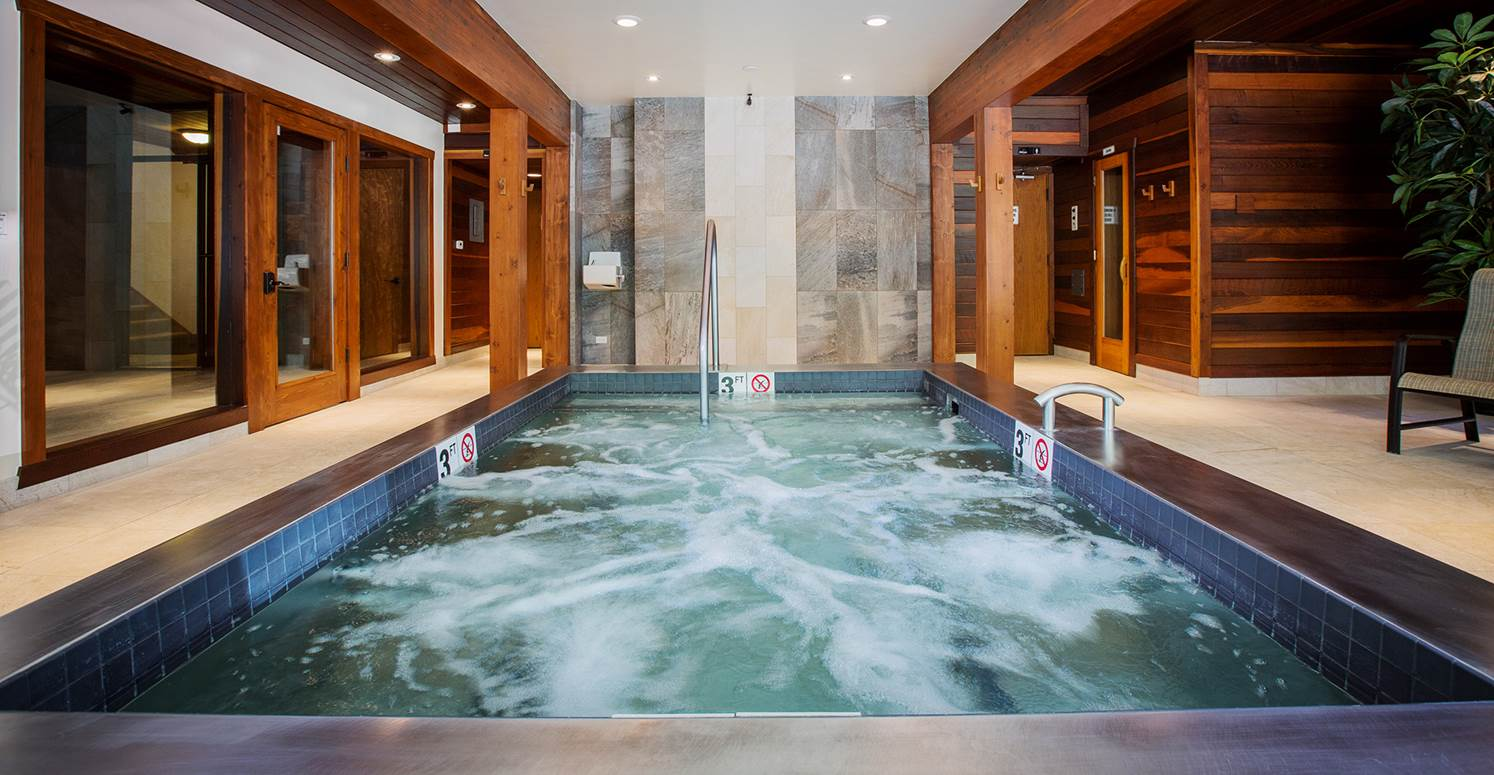 Commercial Pools & Bath - Commercial Spa & Hot Tub | Diamond Spas